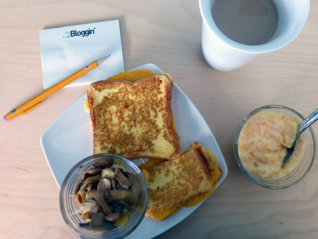 Yummy Grilled Cheese French Toast from Diet to Go. Note the Fitbloggin post-its!