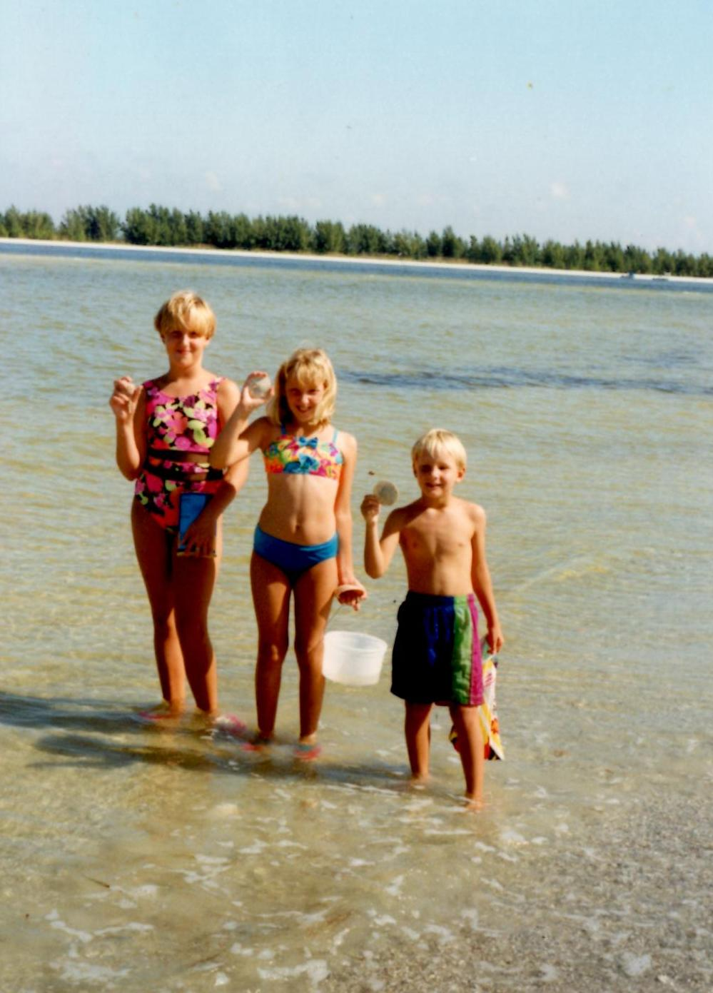April, Alyssa, and Tommy at an age when body image didn't matter.  What matters was who got the coolest shell.