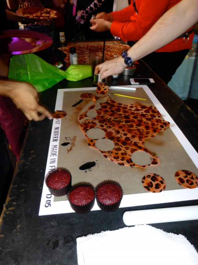 leopard fondant cupcake